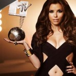 EVA LONGORIA SE MET AU RAP POUR LES MTV EUROPEAN MUSIC AWARDS